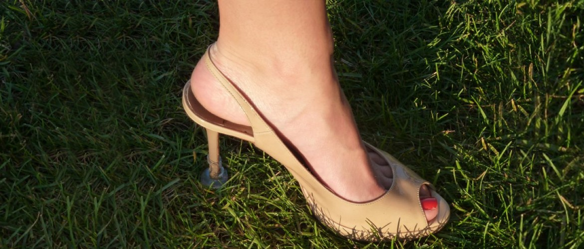 Heel protectors for outdoor events